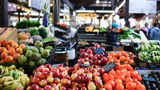 WWF: zmodyfikuj dietę, kupuj lokalnie i nie wyrzucaj jedzenia
