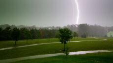 Do weekendu może być niebezpiecznie: czeka nas sporo gwałtownych burz