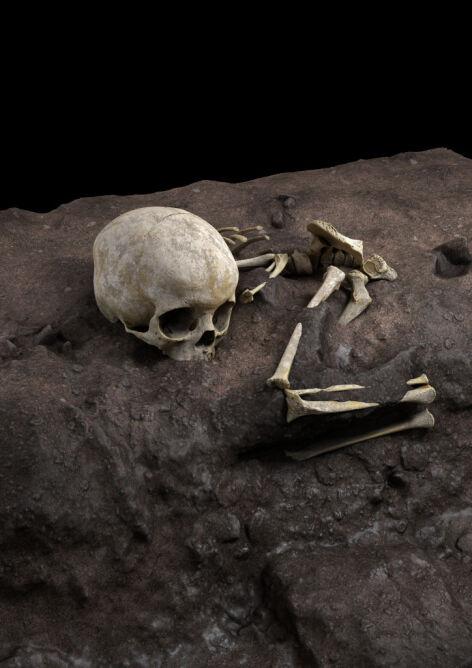 Wizualizacja pozycji Mtoto w grobie (Jorge González/Elena Santos)
